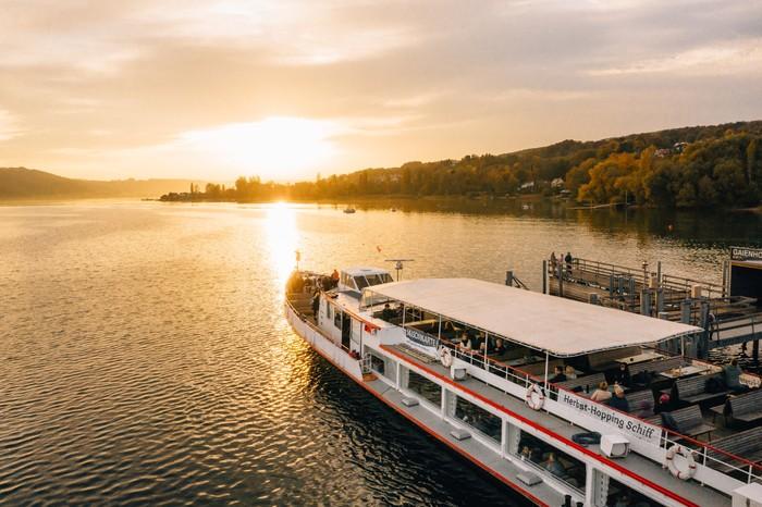 Herbst-Hopping Schiff