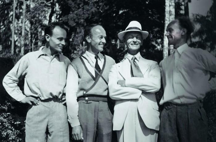 Hermann Hesse mit seinen Söhnen
